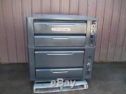 Blodgett 911/901 Natural Deck Gas Double Pizza Oven With New Stones Bake