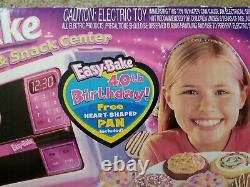 New Easy Bake Oven Hasbro oven & Snack Center Ages 8 and up 40th Birthday